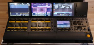 Exceptional For Sale Is 1 X MA Lighting GrandMA2 Full Size In Excellent Condition.  Console Has Primarily Been Used For Theatre And Corporate Work.